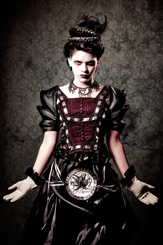 Creepy-Victorian-137-2