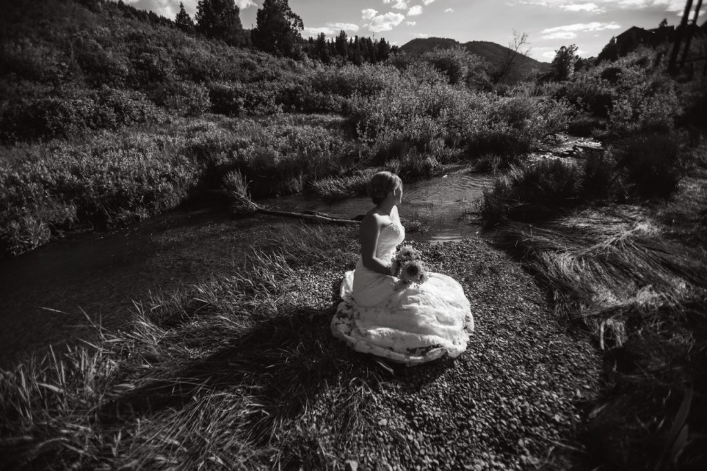 B&W bride in the Mountain